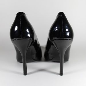 Guess Shoes - GUESS LISA POINTY TOE BLACK PATENT HEELS SHOES 7